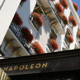 FACADE - LE NAPOLEON